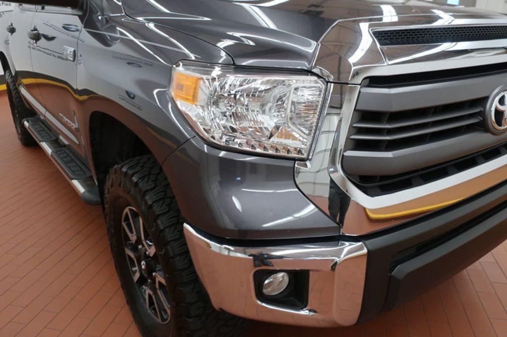 2015 Toyota Tundra 4WD TRUC CREW 4WD FFV V8 5. - 17082748 - 9
