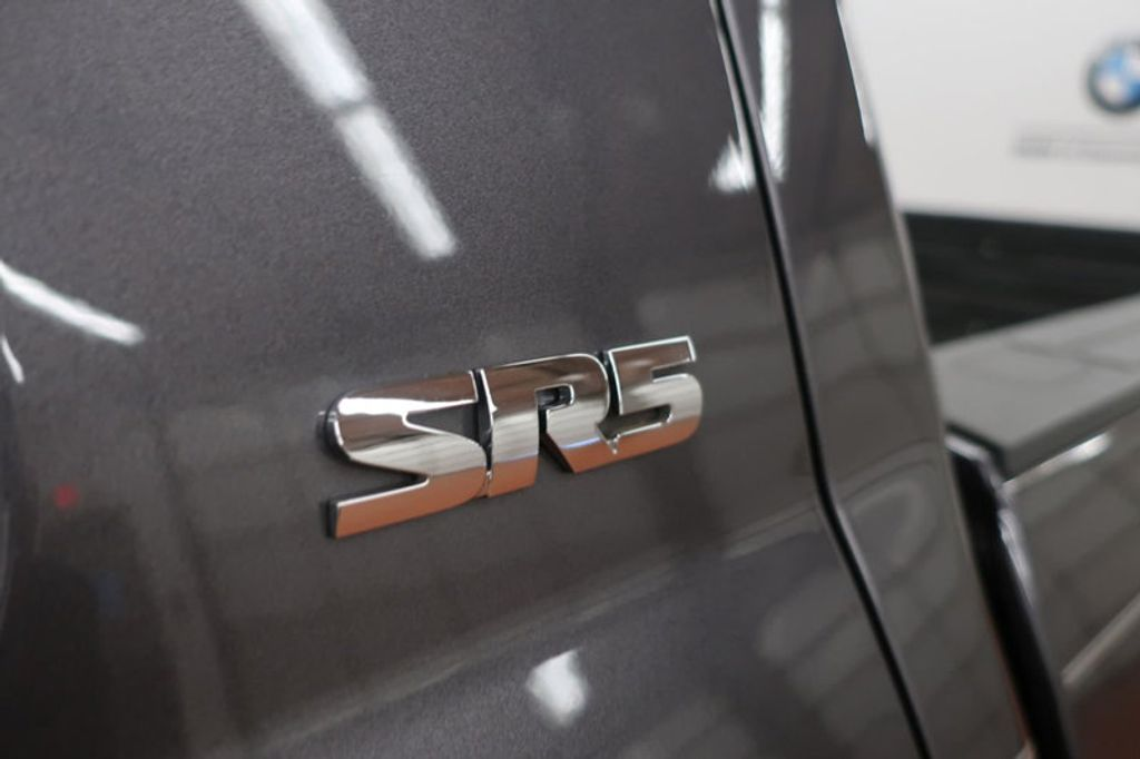 2015 Toyota Tundra 4WD TRUC CREW 4WD FFV V8 5. - 17082748 - 14