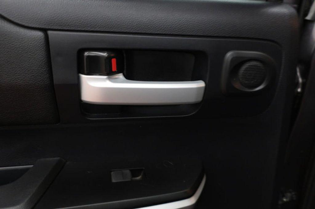 2015 Toyota Tundra 4WD TRUC CREW 4WD FFV V8 5. - 17082748 - 25
