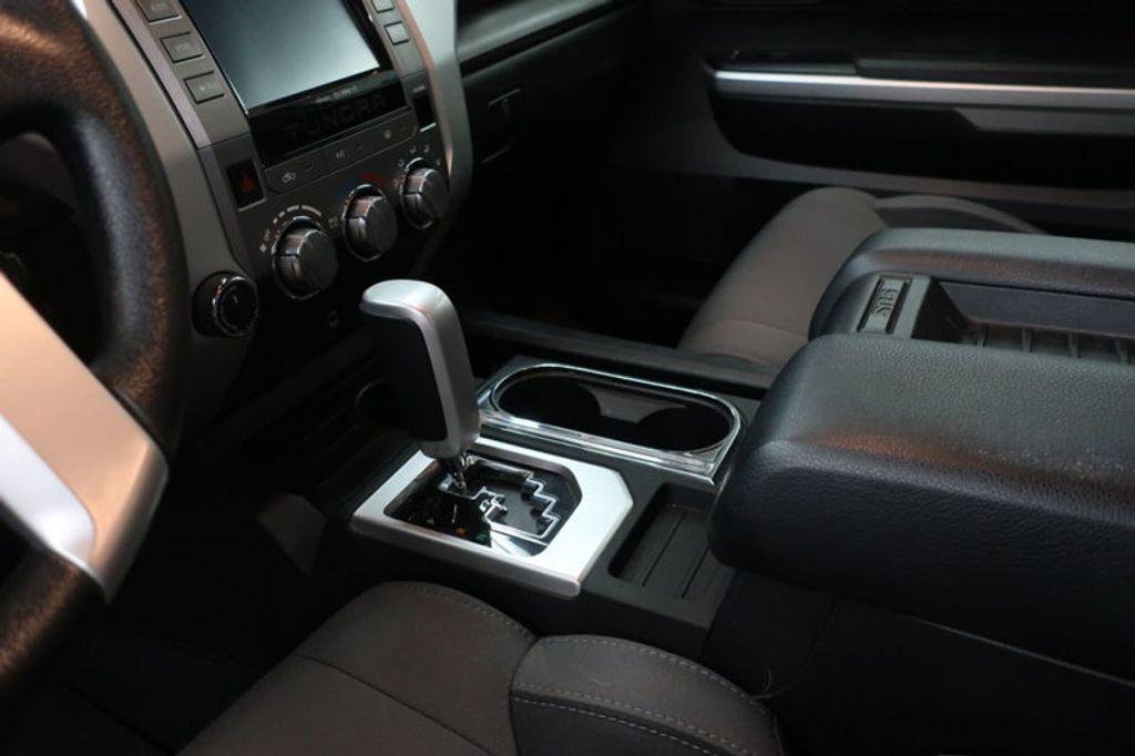 2015 Toyota Tundra 4WD TRUC CREW 4WD FFV V8 5. - 17082748 - 35