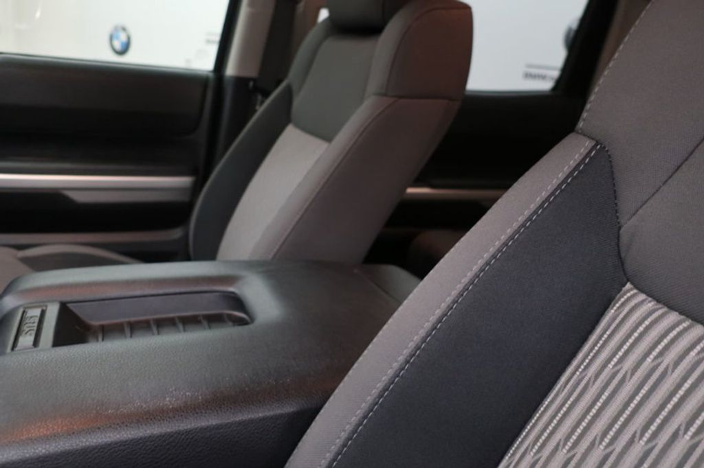 2015 Toyota Tundra 4WD TRUC CREW 4WD FFV V8 5. - 17082748 - 37
