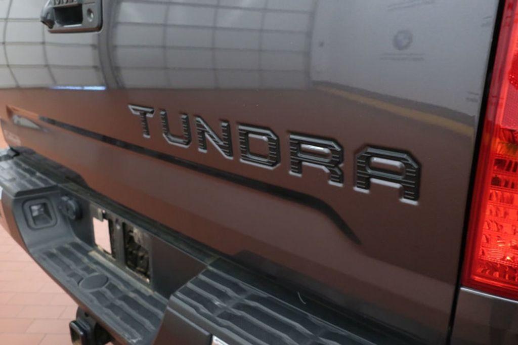 2015 Toyota Tundra 4WD TRUC CREW 4WD FFV V8 5. - 17082748 - 4