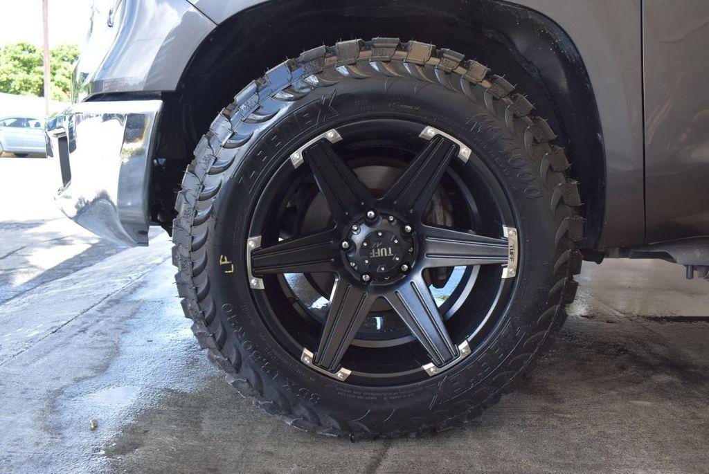 2015 Toyota Tundra CrewMax 5.7L V8 6-Spd AT SR5 (Natl) - 18044379 - 8