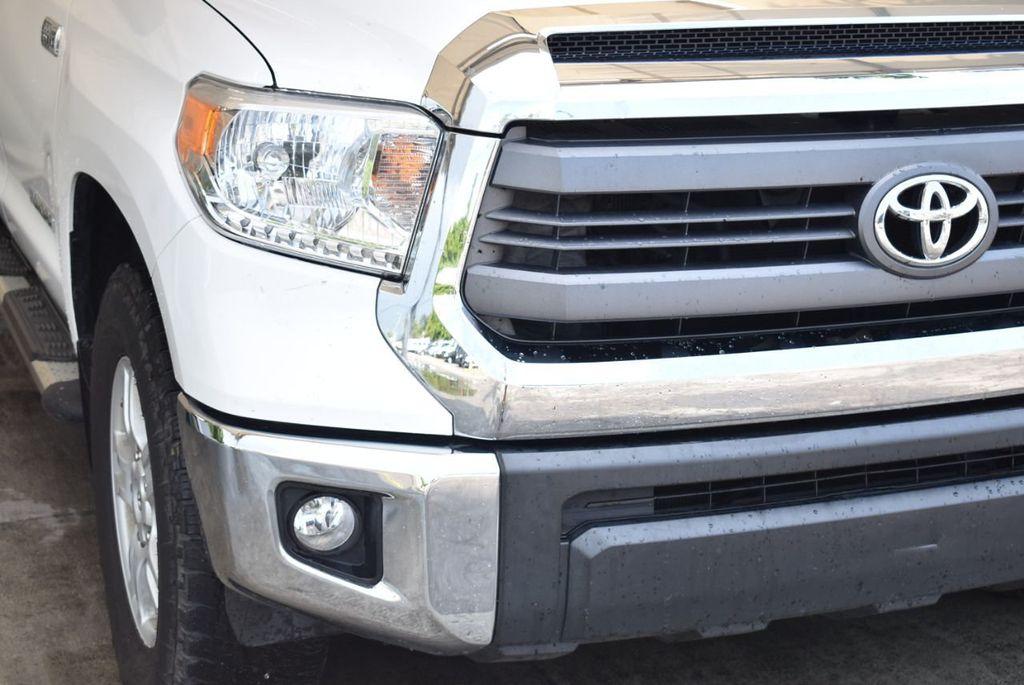 2015 Toyota Tundra Double Cab 5.7L V8 6-Spd AT SR5 (Natl) - 18194301 - 1