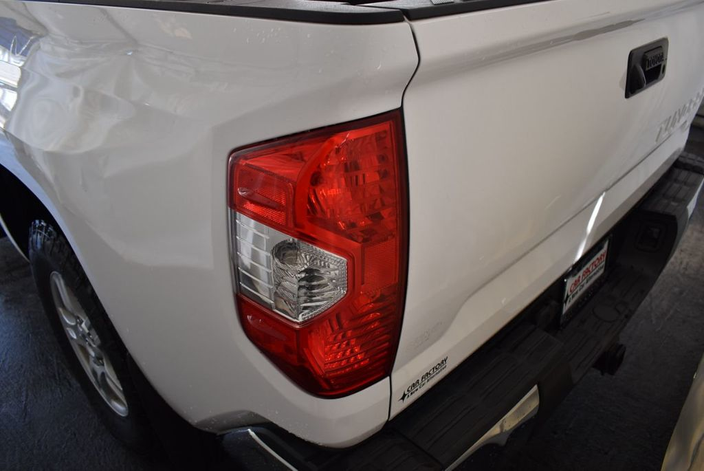 2015 Toyota Tundra Double Cab 5.7L V8 6-Spd AT SR5 (Natl) - 18194301 - 4