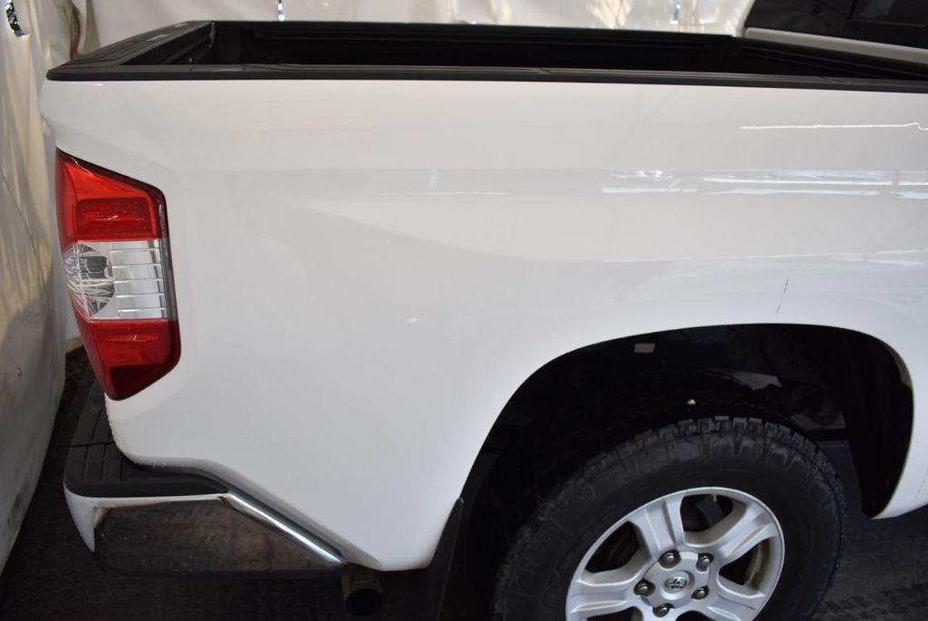 2015 Toyota Tundra Double Cab 5.7L V8 6-Spd AT SR5 (Natl) - 18194301 - 5