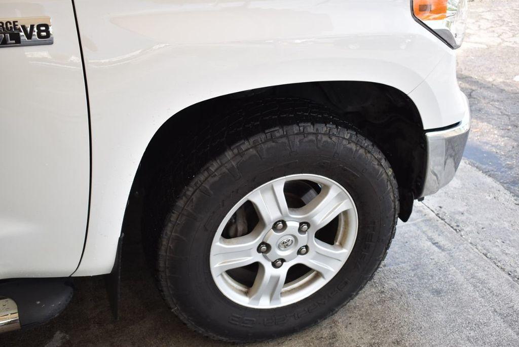 2015 Toyota Tundra Double Cab 5.7L V8 6-Spd AT SR5 (Natl) - 18194301 - 6