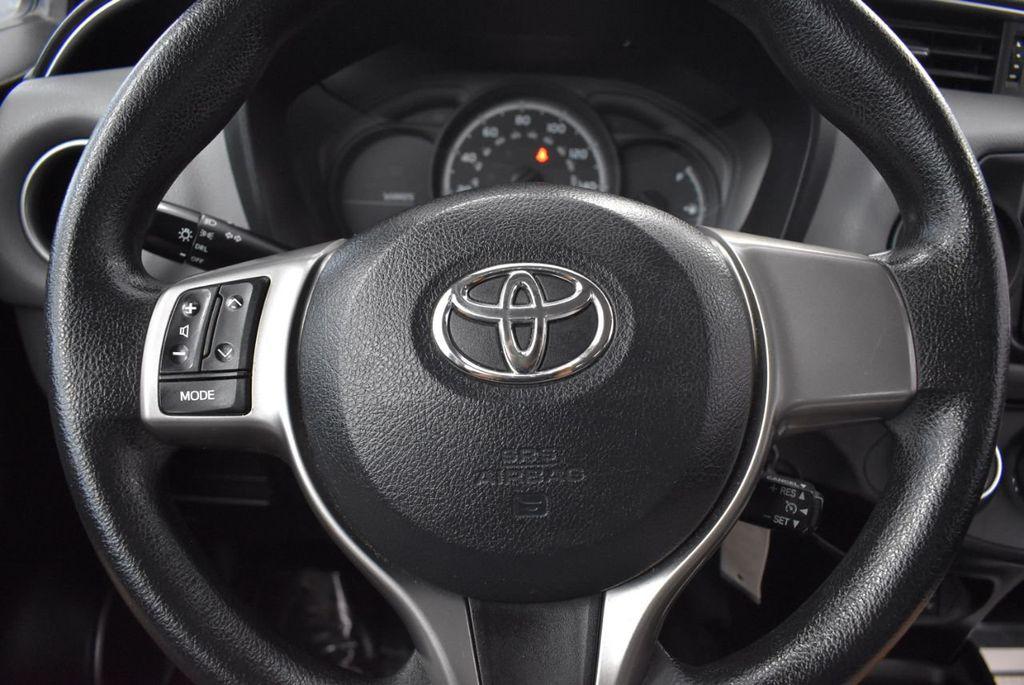2015 Toyota Yaris 3dr Liftback Automatic L - 18336082 - 17