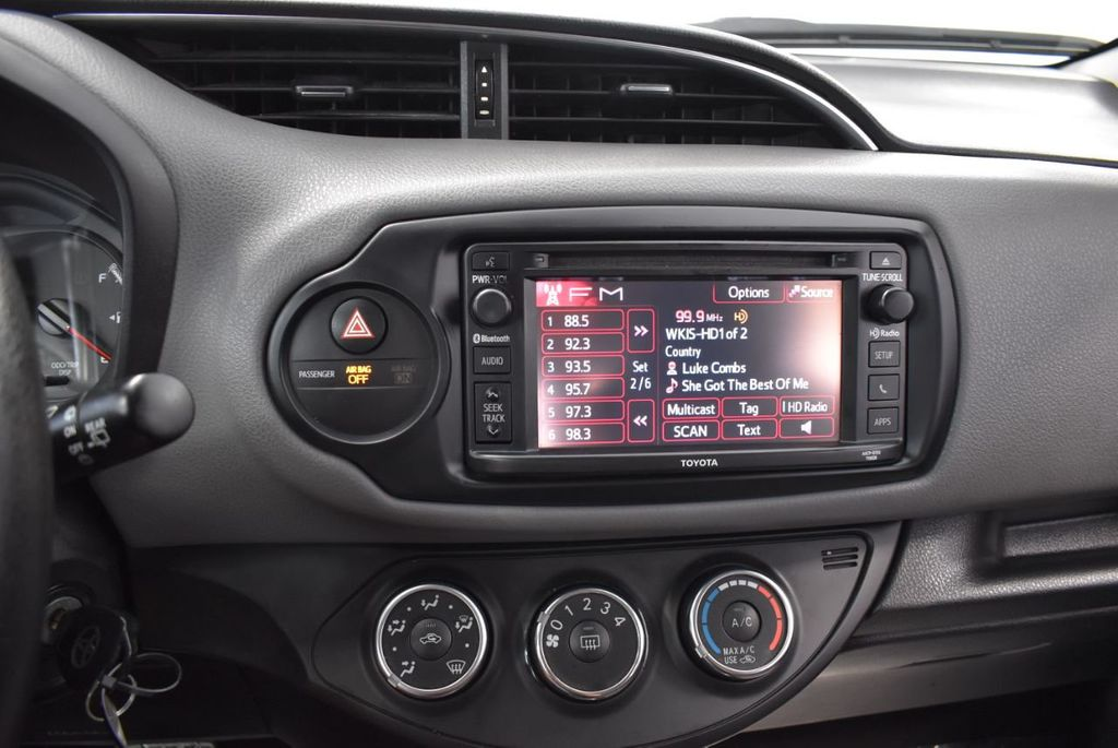 2015 Toyota Yaris 3dr Liftback Automatic L - 18336082 - 19