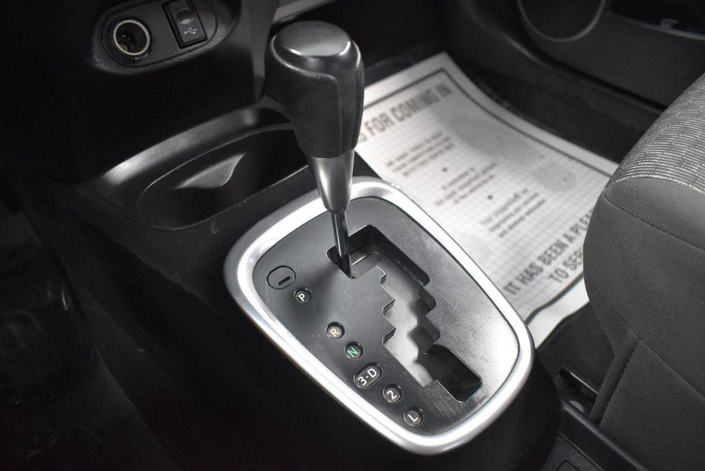 2015 Toyota Yaris 3dr Liftback Automatic L - 18336082 - 20