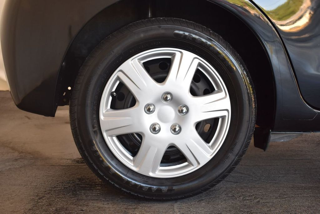 2015 Toyota Yaris 5dr Liftback Automatic LE - 18218718 - 9