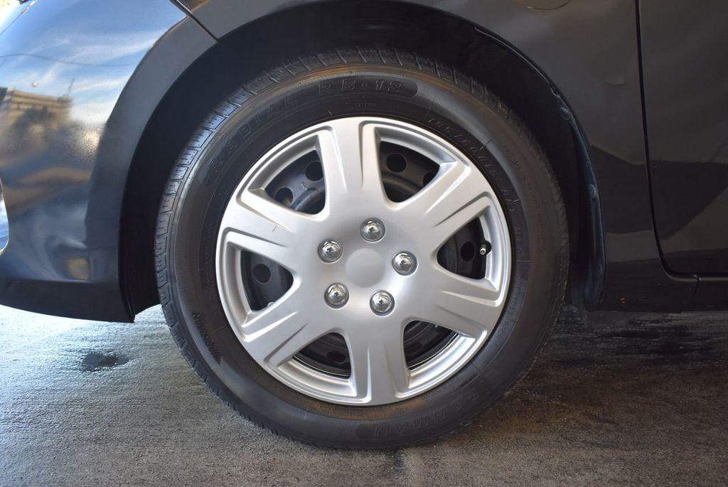 2015 Toyota Yaris 5dr Liftback Automatic LE - 18218718 - 11