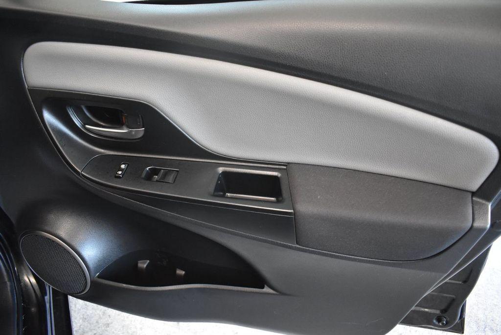 2015 Toyota Yaris 5dr Liftback Automatic LE - 18218718 - 23