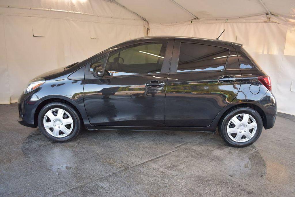 2015 Toyota Yaris 5dr Liftback Automatic LE - 18218718 - 4