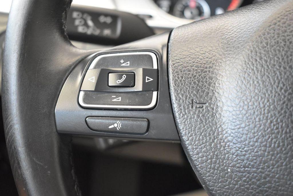 2015 Volkswagen CC 4dr Sedan DSG R-Line - 18070733 - 19