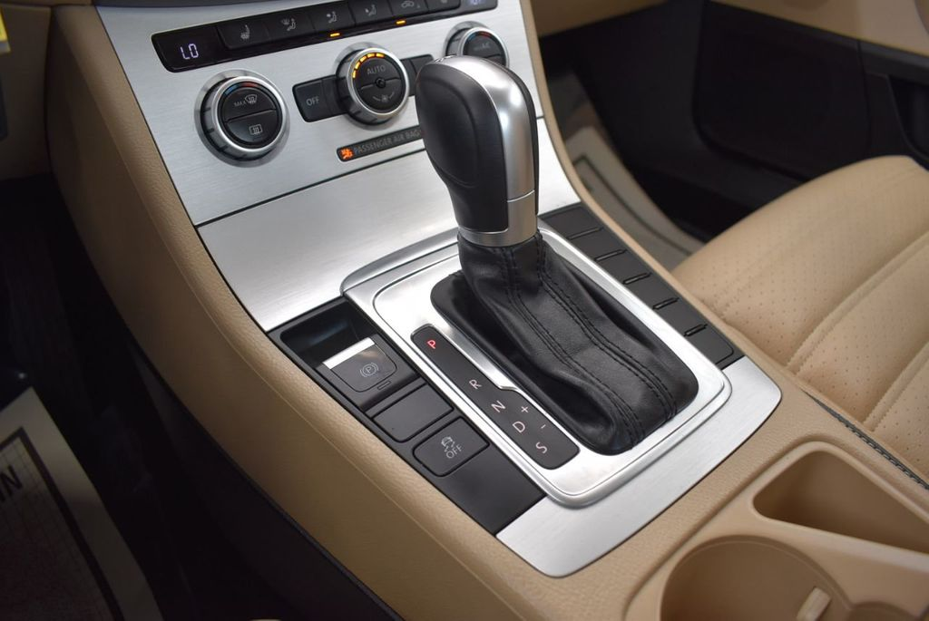 2015 Volkswagen CC 4dr Sedan DSG Sport - 18415839 - 21