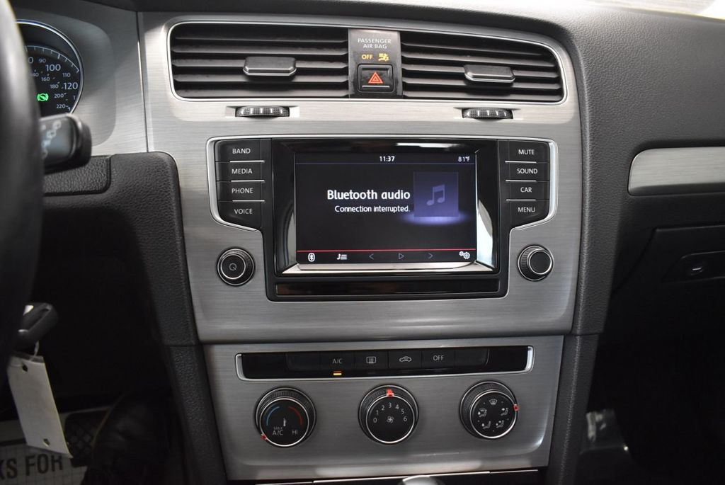2015 Volkswagen GOLF TSI S - 18144638 - 16