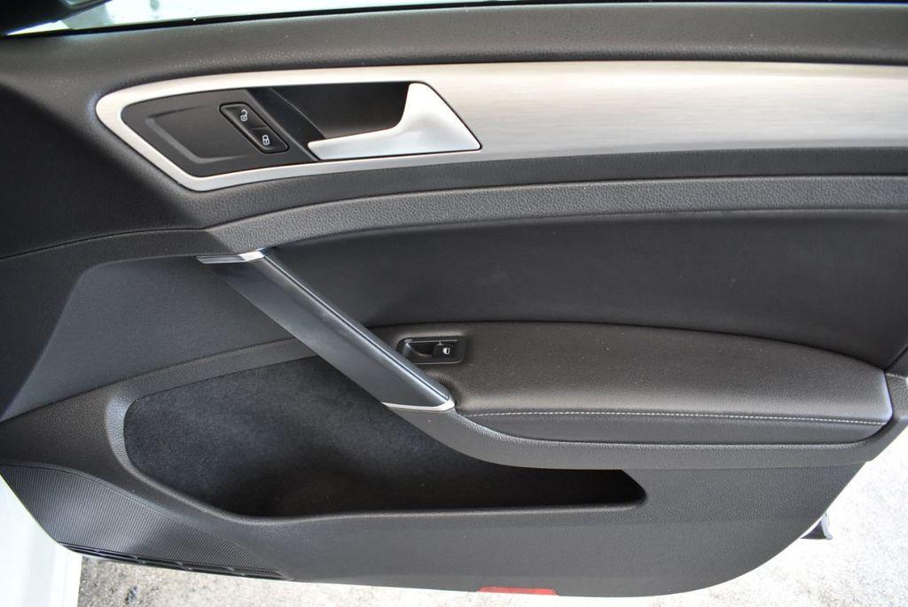 2015 Volkswagen GOLF TSI S - 18144638 - 19