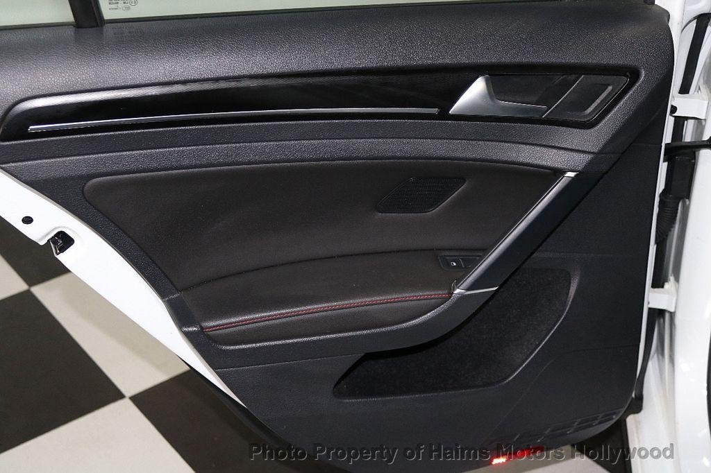 2015 Volkswagen Golf GTI  - 17729717 - 9