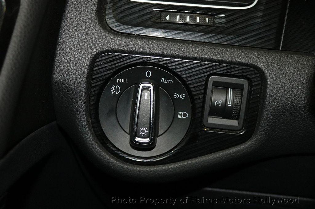 2015 Volkswagen Golf GTI  - 17729717 - 24