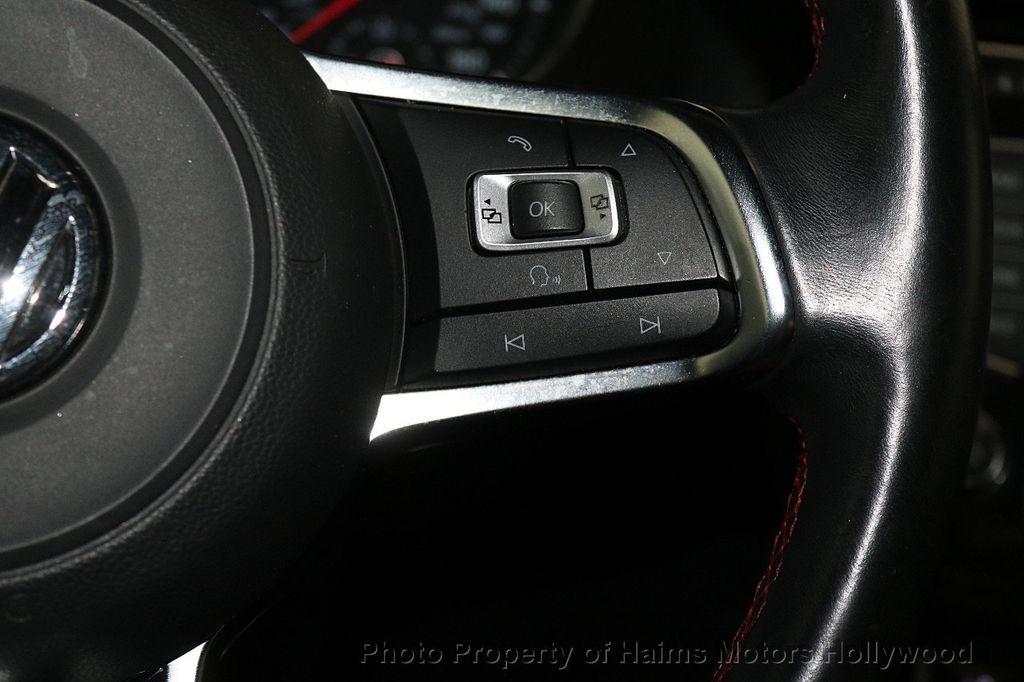 2015 Volkswagen Golf GTI  - 17729717 - 26