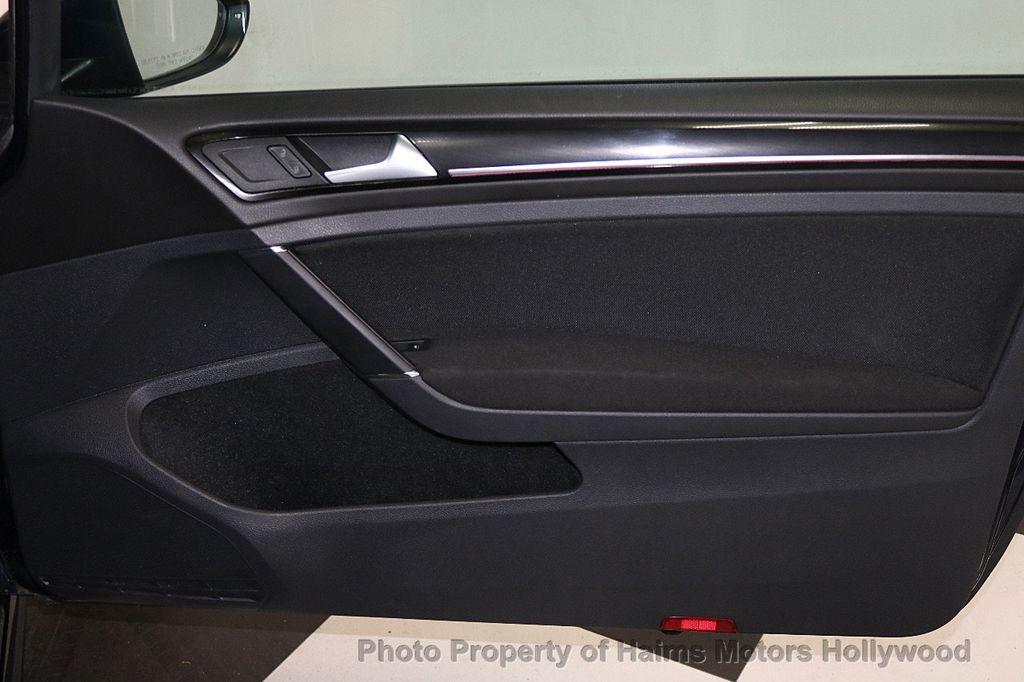 2015 Volkswagen Golf GTI 2dr HB DSG S - 17437814 - 10