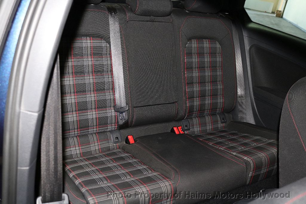 2015 Volkswagen Golf GTI 2dr HB DSG S - 17437814 - 12