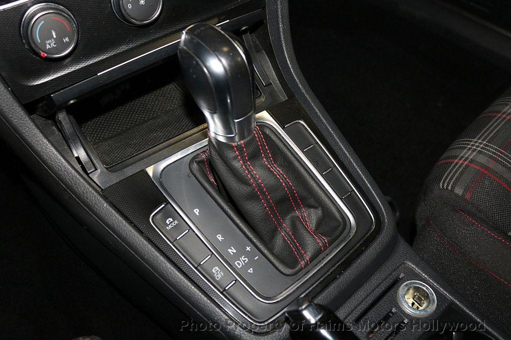 2015 Volkswagen Golf GTI 2dr HB DSG S - 17437814 - 19