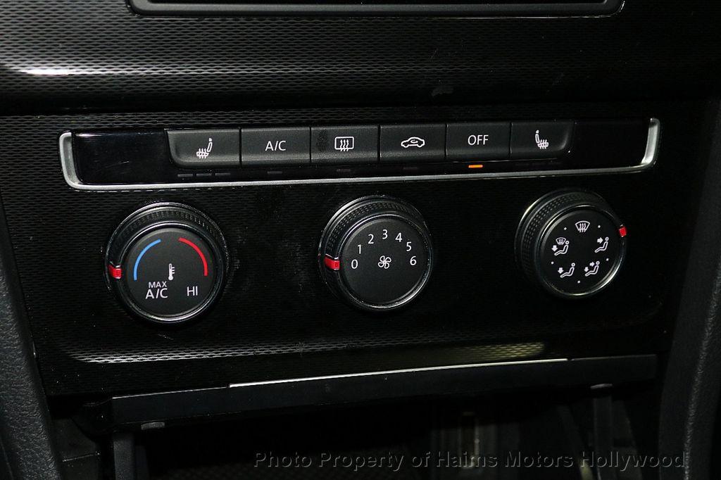 2015 Volkswagen Golf GTI SE - 18279103 - 20