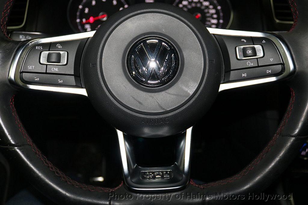 2015 Volkswagen Golf GTI SE - 18279103 - 25