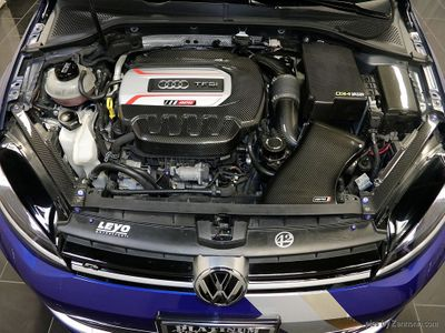 2015 Volkswagen Golf R 4dr Hatchback - Click to see full-size photo viewer
