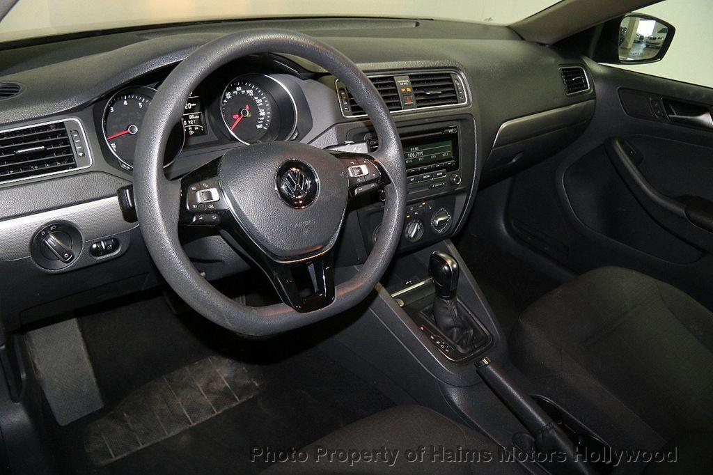2015 Volkswagen Jetta Sedan  - 17441613 - 18