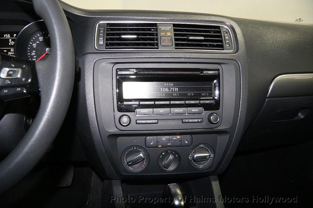 2015 Volkswagen Jetta Sedan  - 17441613 - 19