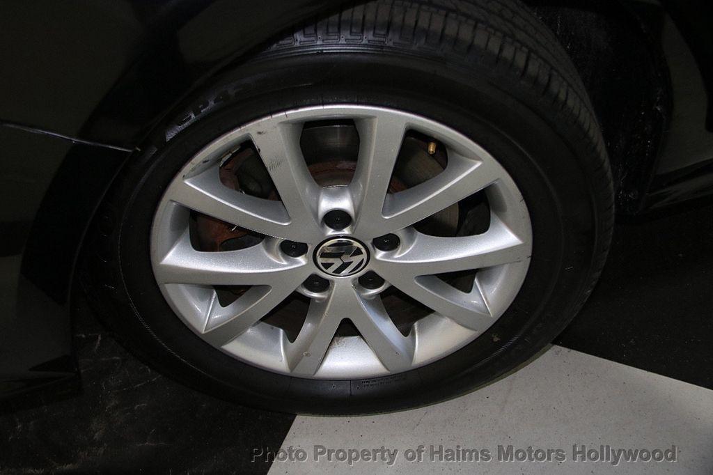 2015 Volkswagen Jetta Sedan  - 17441613 - 29