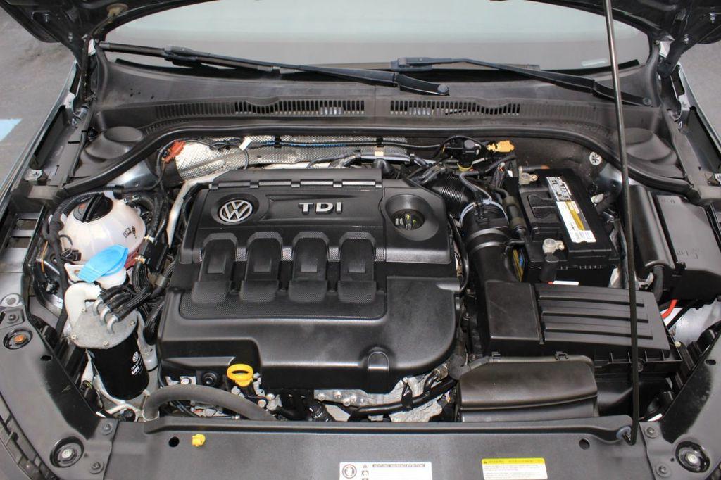 2015 Volkswagen Jetta Sedan 4dr DSG 2.0L TDI SEL - 18066674 - 16