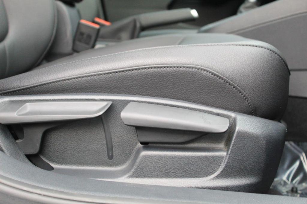 2015 Volkswagen Jetta Sedan 4dr DSG 2.0L TDI SEL - 18066674 - 24