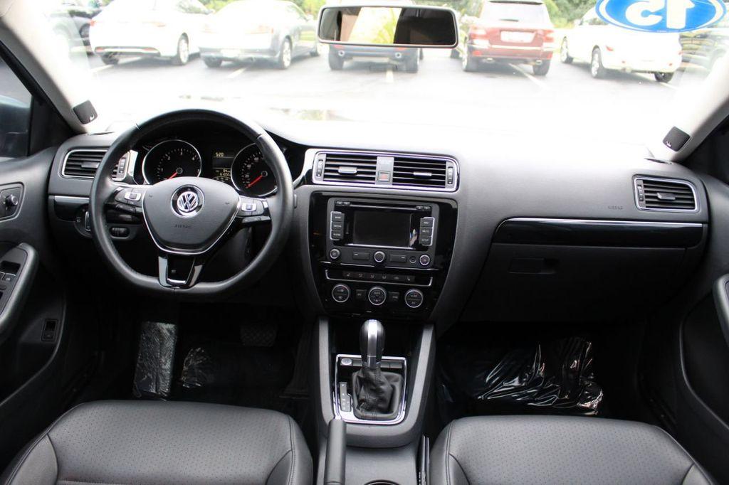 2015 Volkswagen Jetta Sedan 4dr DSG 2.0L TDI SEL - 18066674 - 25