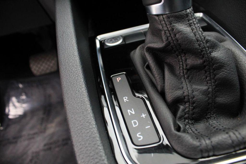 2015 Volkswagen Jetta Sedan 4dr DSG 2.0L TDI SEL - 18066674 - 34