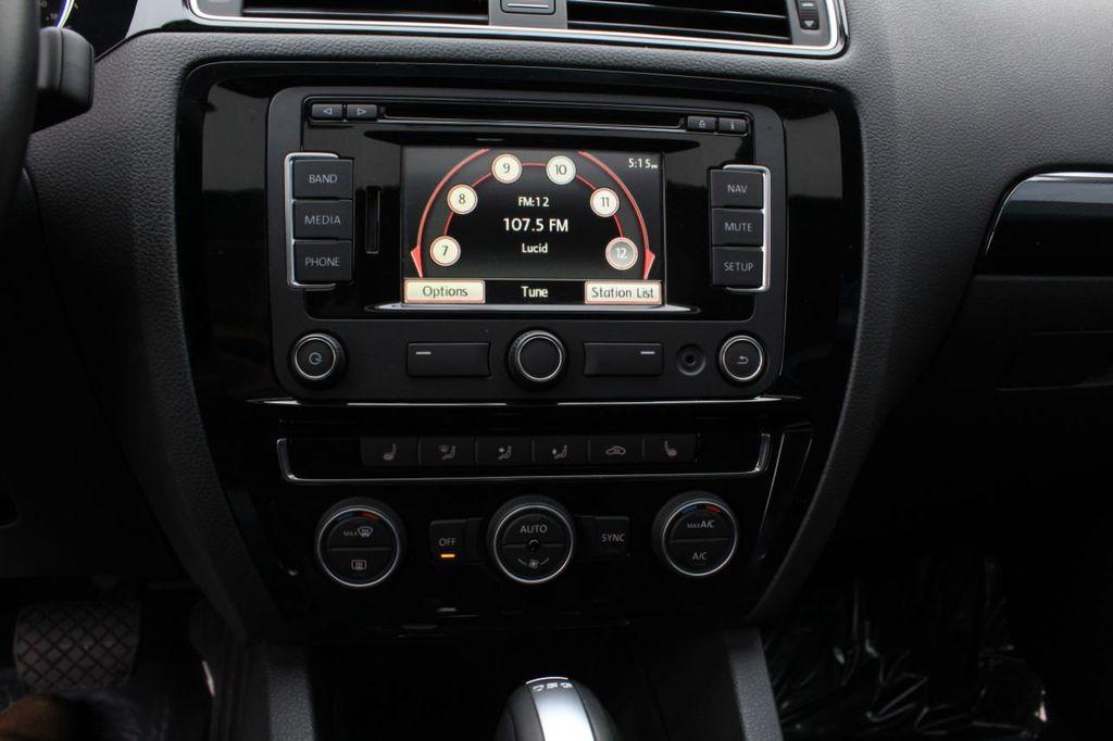 2015 Volkswagen Jetta Sedan 4dr DSG 2.0L TDI SEL - 18066674 - 38