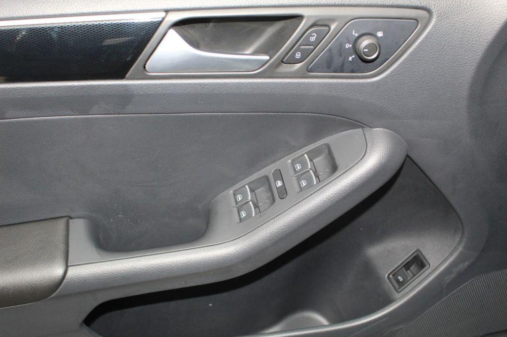 2015 Volkswagen Jetta Sedan 4dr DSG 2.0L TDI SEL - 18066674 - 49