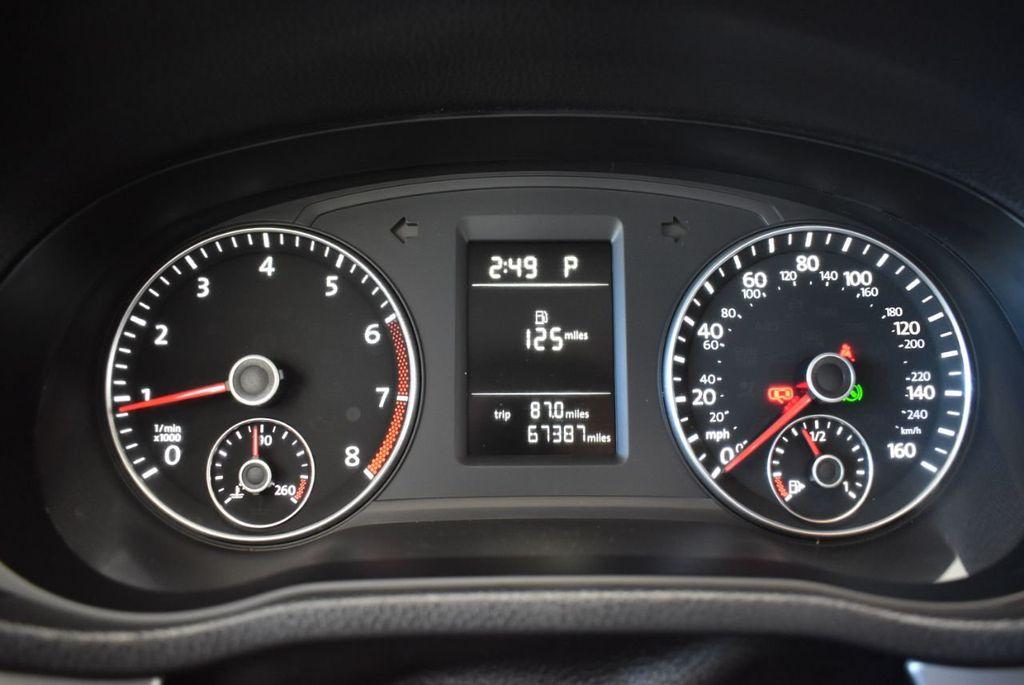 2015 Volkswagen Passat 1.8T S - 18194286 - 14