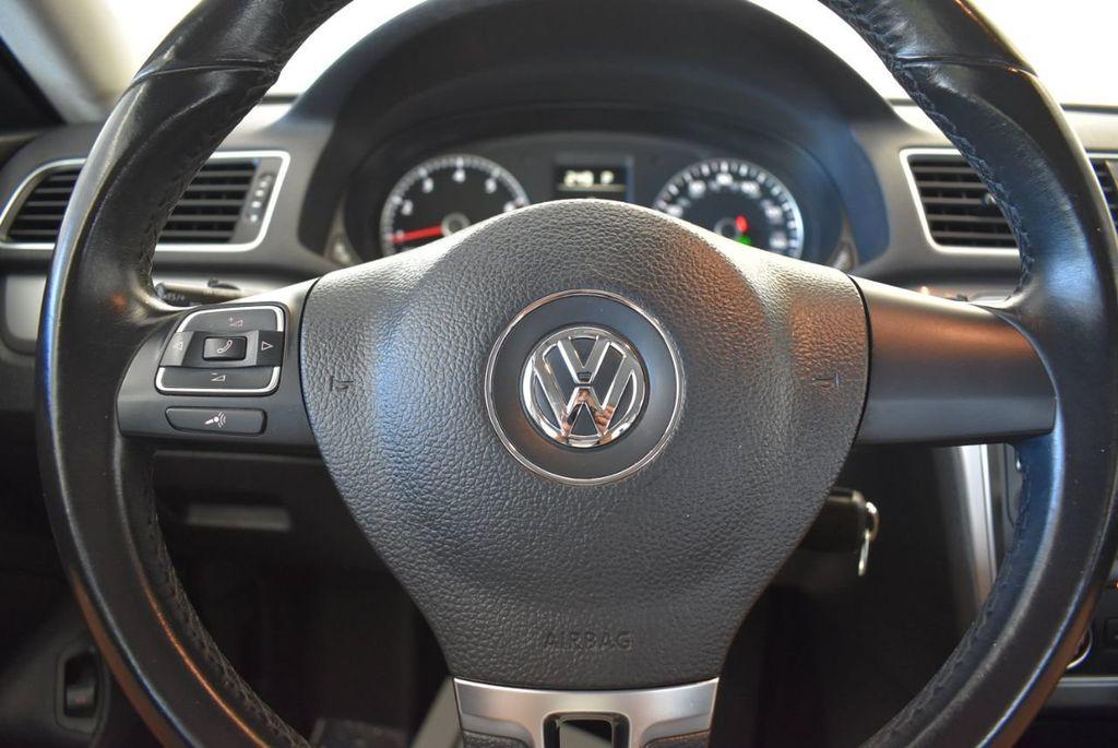 2015 Volkswagen Passat 1.8T S - 18194286 - 15