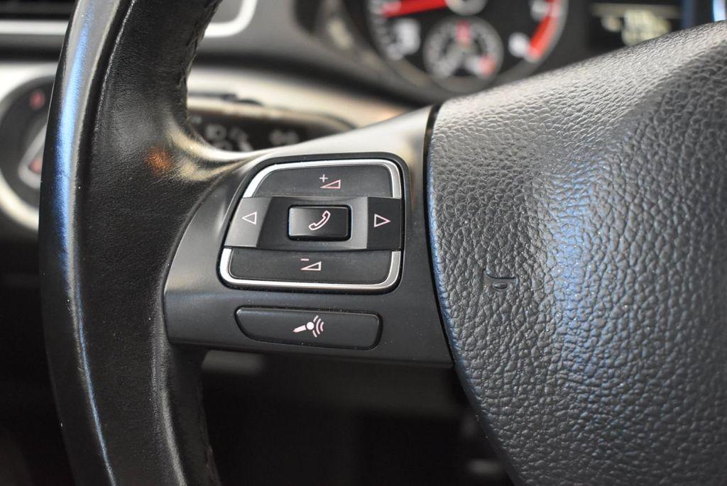 2015 Volkswagen Passat 1.8T S - 18194286 - 16