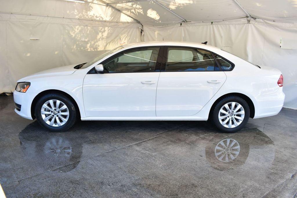 2015 Volkswagen Passat 1.8T S - 18194286 - 4
