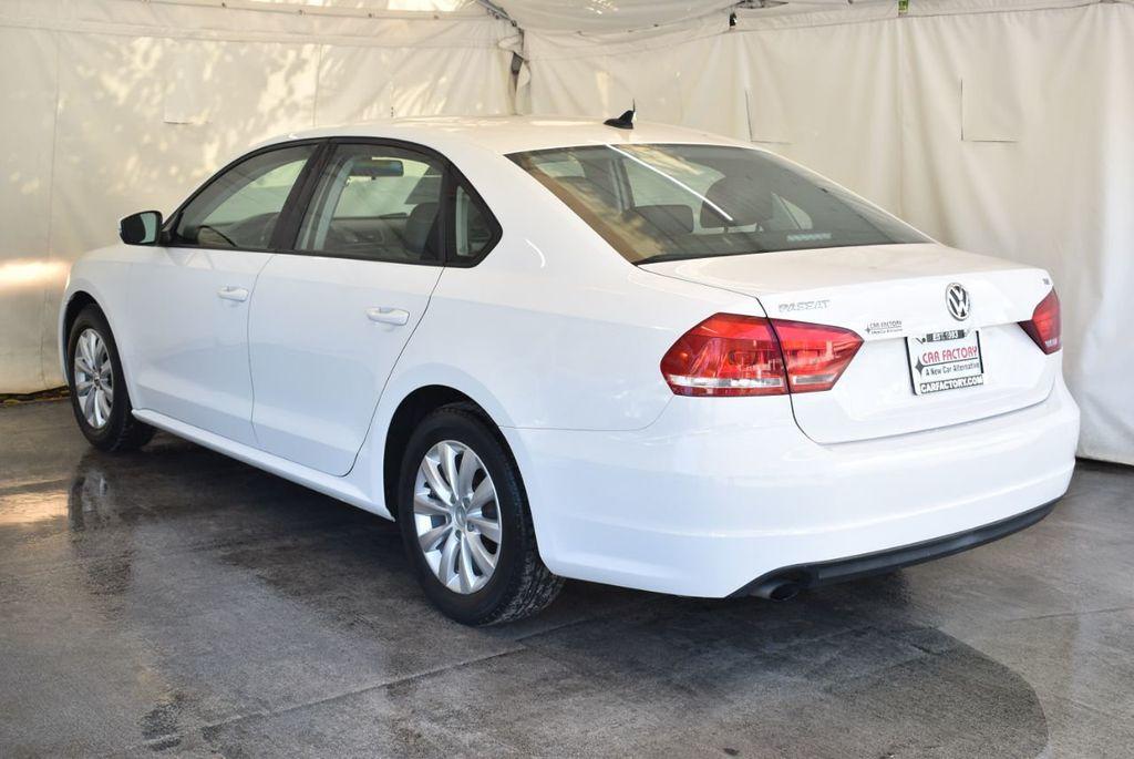 2015 Volkswagen Passat 1.8T S - 18194286 - 5