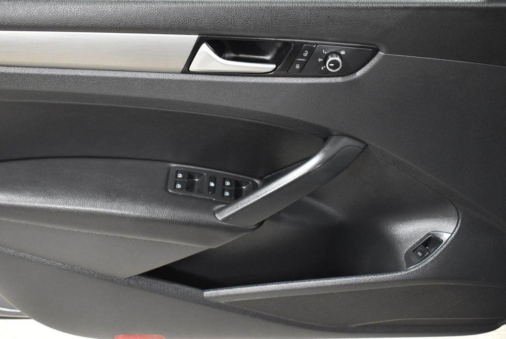 2015 Volkswagen Passat 1.8T SPORT - 18387278 - 12