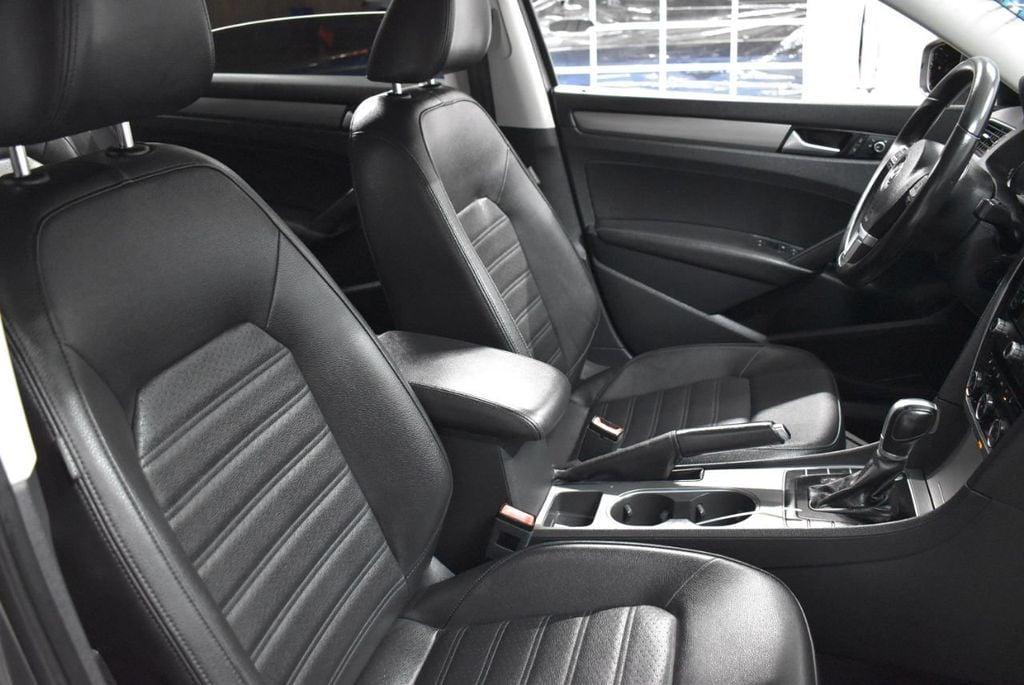 2015 Volkswagen Passat 1.8T SPORT - 18387278 - 16