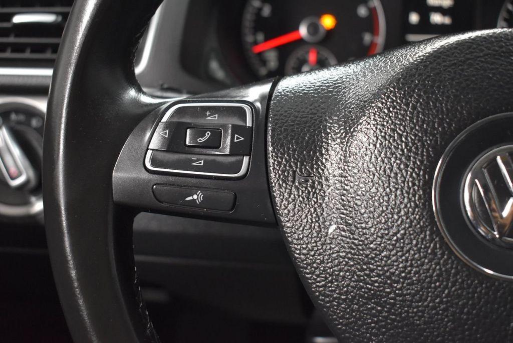 2015 Volkswagen Passat 1.8T SPORT - 18387278 - 21