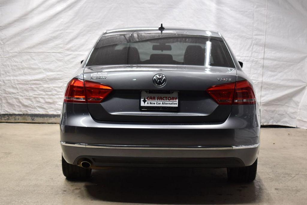 2015 Volkswagen Passat 1.8T SPORT - 18387278 - 5