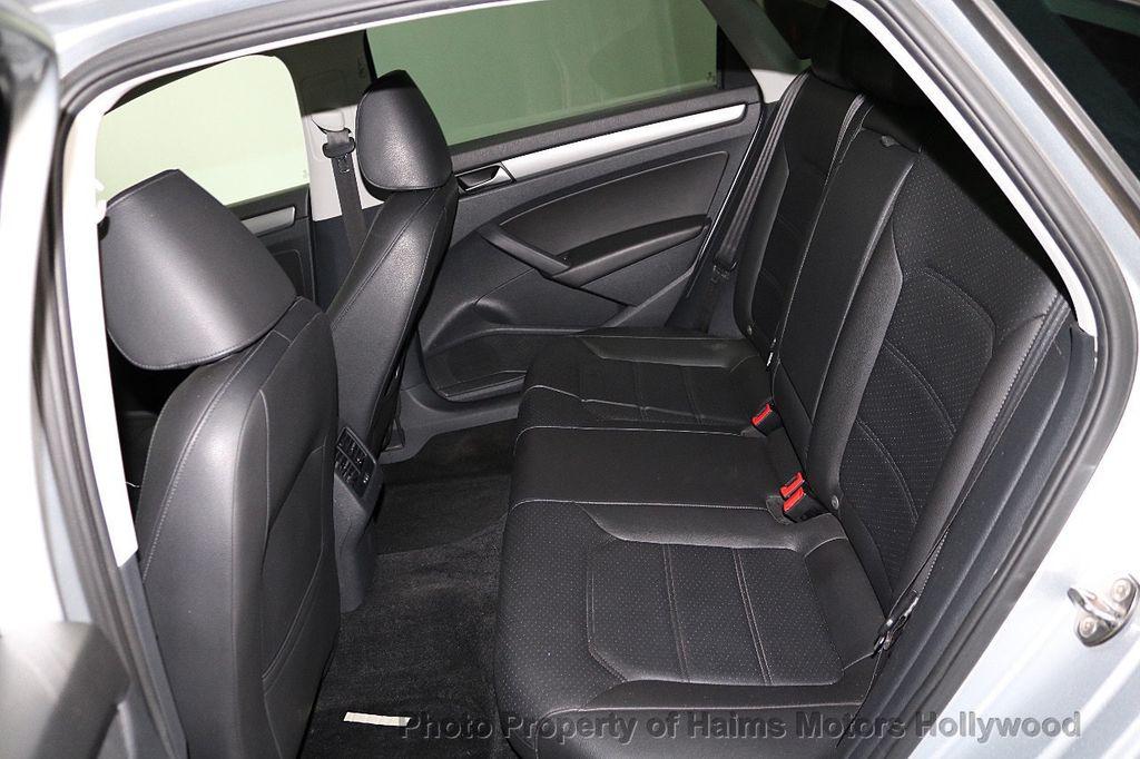 2015 Volkswagen Passat 4dr Sedan 1.8T Automatic SE - 18412376 - 15